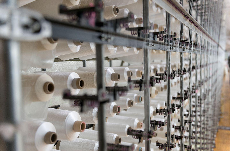 ケユカのデザインが活かされる美しい編みのレースカーテン