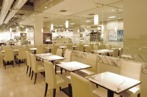 ケユカ カフェ クイーンズイースト店