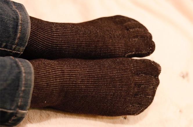 内側絹のシークレット5本指靴下