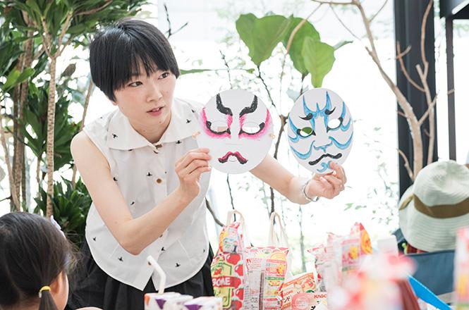 歌舞伎ライターの関亜弓さん
