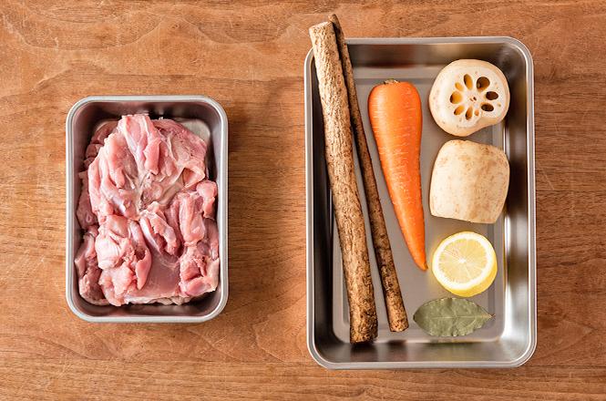 チキンと根菜の蒸し煮