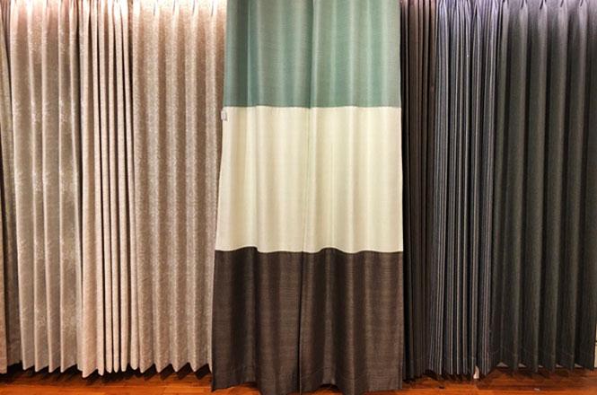 色の組み合わせで楽しむ、ボーダースタイルカーテン