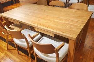 【新宿店】組み合わせが自由自在「バリタII オーダーテーブル」