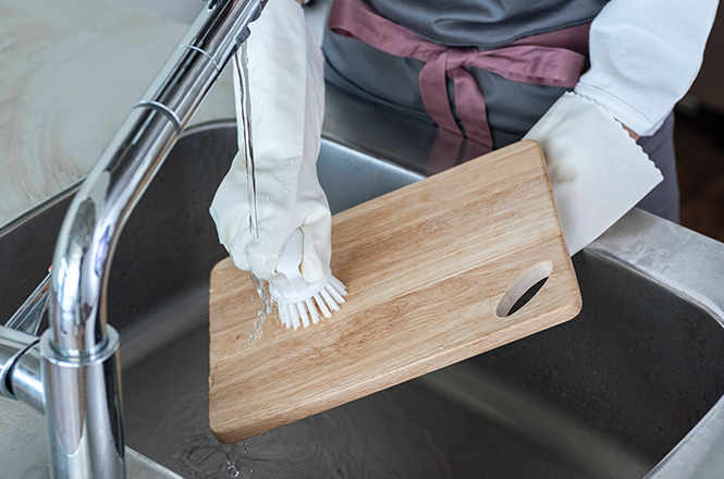 持ち手付き ざる・まな板洗いブラシ