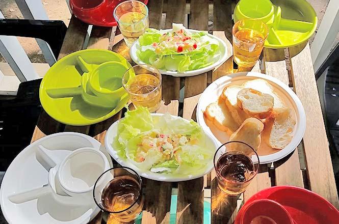 自然に囲まれ食を楽しむ
