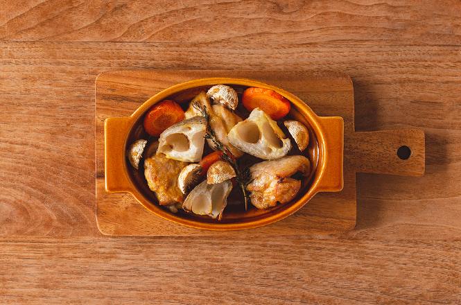 オーブン皿にバランスよく並べて、220℃のオーブンで15分焼いたら完成です