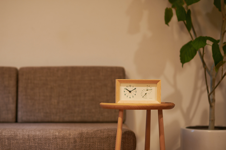 capo 温湿度時計、メイサイドテーブル